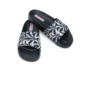 NWT Vineyard Vines Allover Palm Tree  Pool Slides